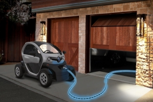 Twizy in ricarica con Light Pulse Cable di Pilot